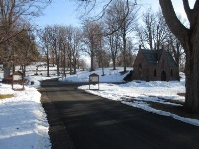 Mount Albion Cemetery Main Entrance Road image. Click for full size.