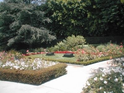 Photo of the grarden where Richard Milhous Nixon and Patricia Ryan Nixon are buried image. Click for full size.