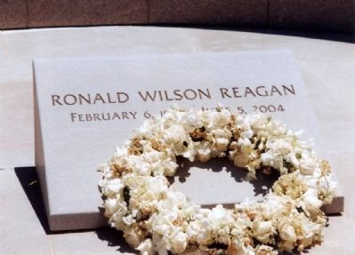 Ronald Wilson Reagan Grave Marker image. Click for full size.