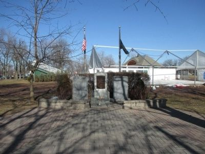 Lewiston Veterans Memorial image. Click for full size.