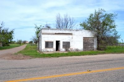 Abandoned Auto Service Station in Norton image. Click for full size.