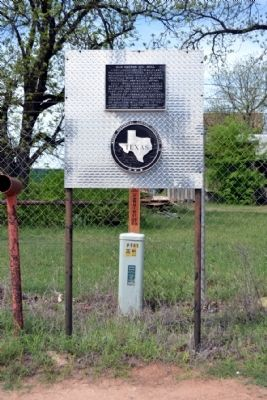 Old Cotton Oil Mill Marker image. Click for full size.