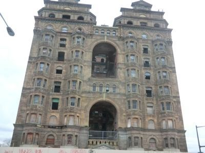 Divine Lorraine Hotel image. Click for full size.