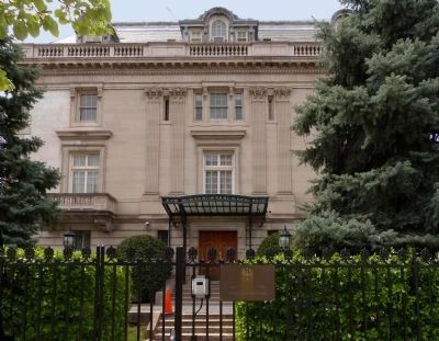 Embassy of the Republic of Poland<br>2640 16th Street image. Click for full size.