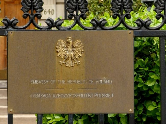 Embassy of The Republic of Poland<br>Ambsada Rzeczypospolitej Polskiej image. Click for full size.