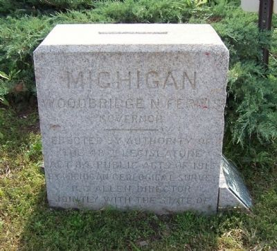 Michigan-Ohio Boundary Survey Marker image. Click for full size.