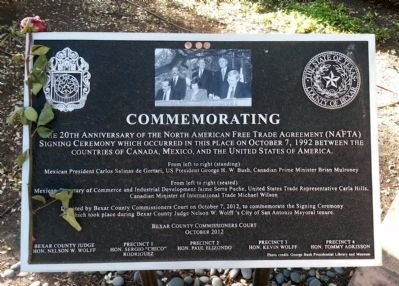 Commemorating Marker image. Click for full size.