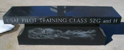 USAF Pilot Training Class 52G and H Marker (Side B) image. Click for full size.