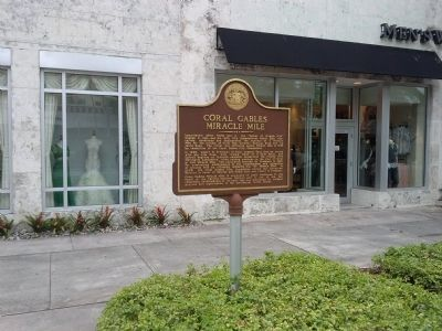 Coral Gables Miracle Mile Marker image. Click for full size.