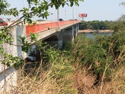 San Marcos Lempa Bridge, view east from the marker image. Click for full size.