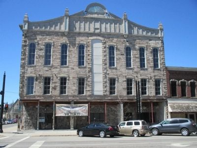 East Side Bent's Opera House image. Click for full size.