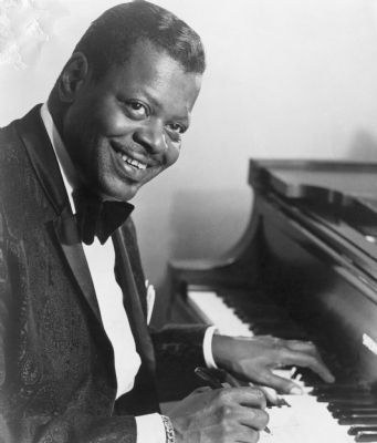 Oscar Peterson image. Click for full size.
