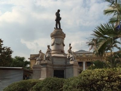 Francisco Morazán monument image. Click for full size.