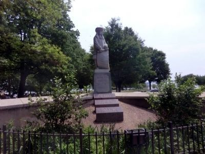 Statue of William Penn at Penn Treaty Park image. Click for full size.