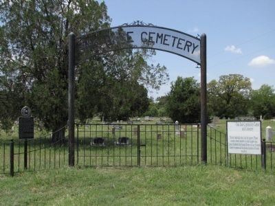 Oak Dale Cemetery and Marker image. Click for full size.