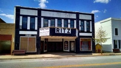 Ritz Theater (1936, Art Deco)<br>1509-1513 Main Street image. Click for full size.