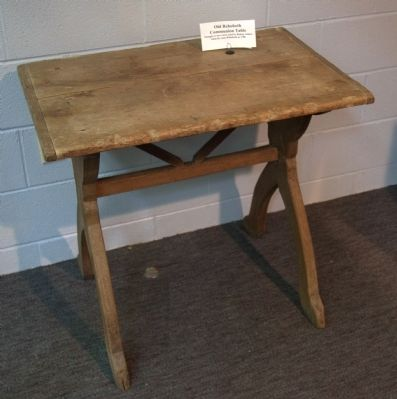 Old Rehoboth Communion Table image. Click for full size.