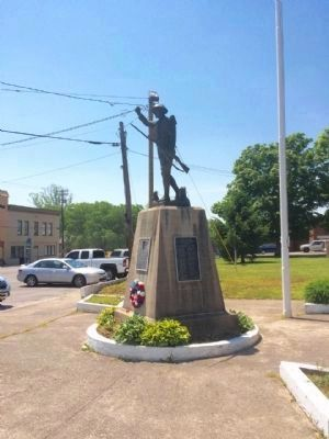 Doughboy Memorial looking east on KY-70. image. Click for full size.