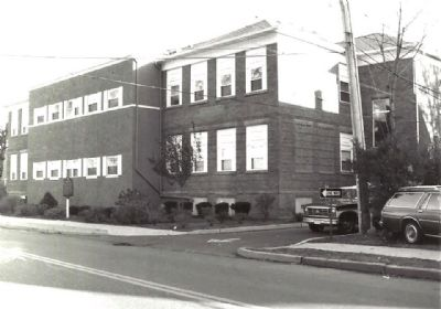 Suffern Grammar School image. Click for full size.