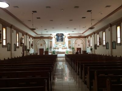 Santa Cruz Church interior image. Click for full size.