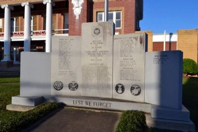 Clarke County War Memorial image. Click for full size.