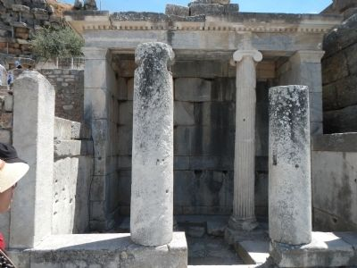 Hellenistic Fountain House image. Click for full size.