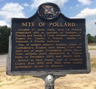 Nearby marker pointing to this quaint incorporated town. image. Click for full size.