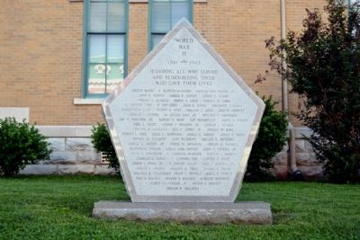 Robertson County World War II Memorial image. Click for full size.