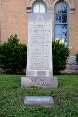 Robertson County Vietnam Memorial image. Click for full size.