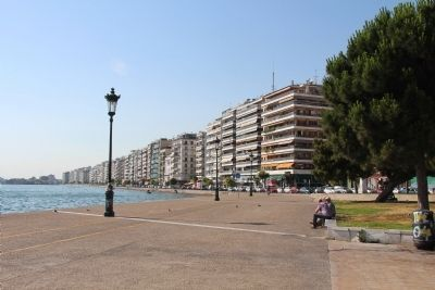 Thessaloniki waterfront image. Click for full size.