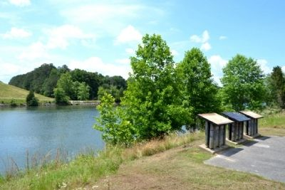 Markers Overlooking the Tennessee - Tombigbee Waterway image. Click for full size.
