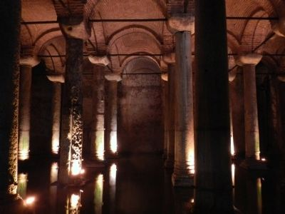 Basilica Cistern image. Click for full size.