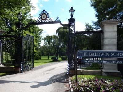 The Baldwin School entrance gate image. Click for full size.