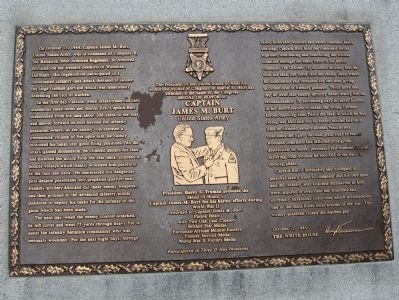 Plaque on the Left Monument image. Click for full size.