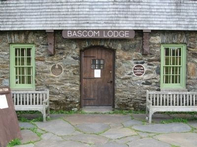Entrance to Bascom Lodge image. Click for full size.
