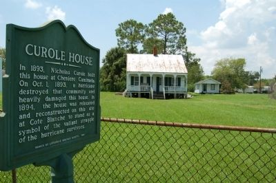 Curole House Marker and House image. Click for full size.