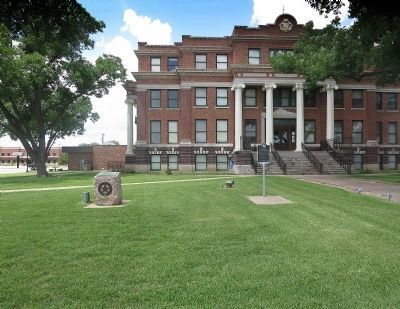 Freestone County Courthouse image. Click for full size.