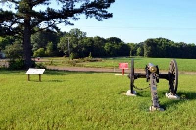 1st Mississippi Battalion State Troops Marker at Right image. Click for full size.