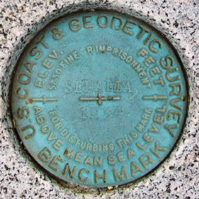 Geodetic Survey Mark on World War I Memorial image. Click for full size.