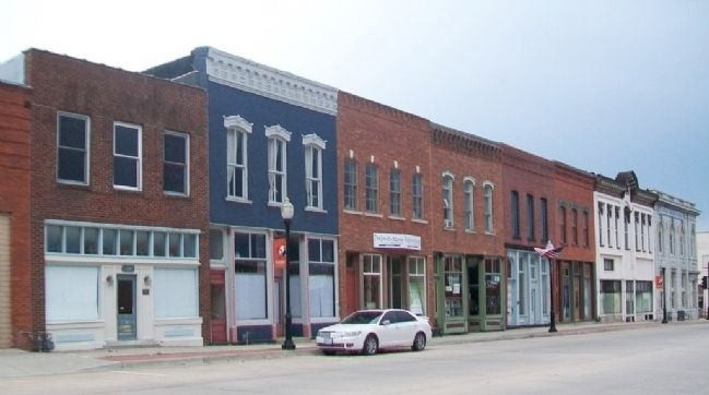 100 Block of East Main Street image. Click for full size.