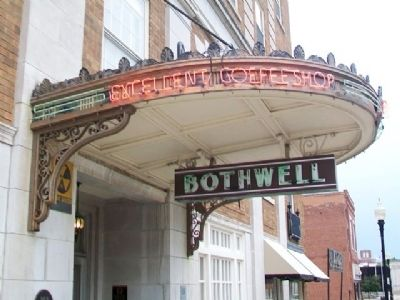Hotel Bothwell Entrance Detail image. Click for full size.