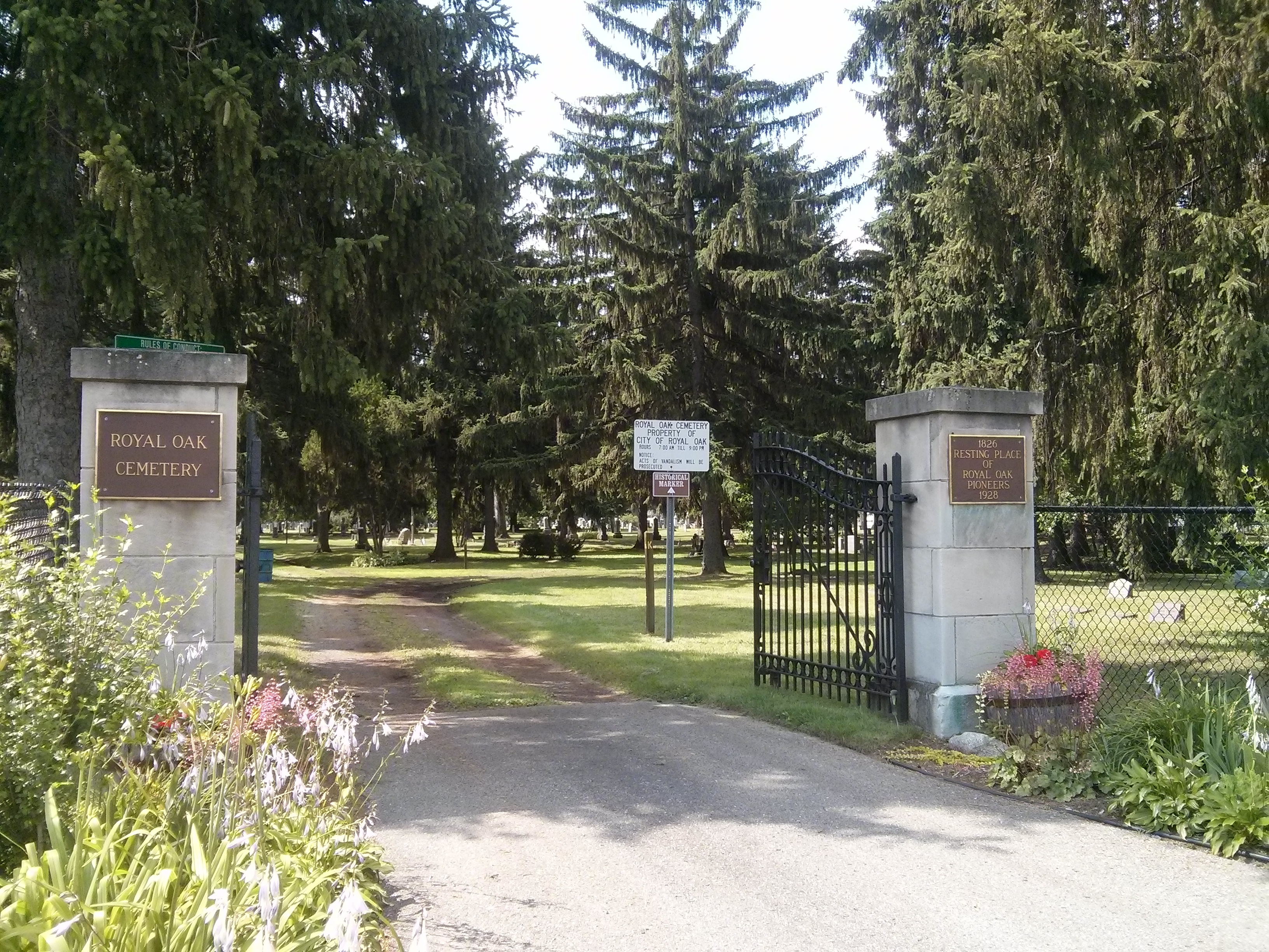 Twelve Mile Road Entrance to Royal Oak Cemetery