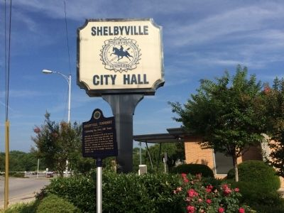 Wide view of Shelbyville, Tennessee Marker image. Click for full size.