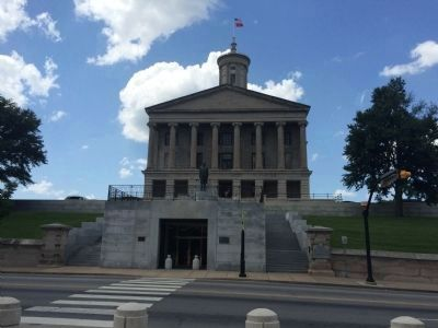 Wide view of Tennessee State Capitol Marker image. Click for full size.