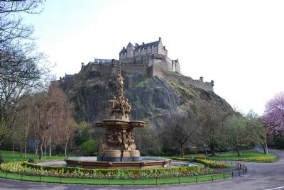 Edinburgh Castle image. Click for full size.