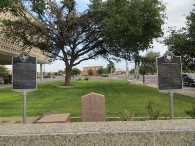 Ector County Land Rush Marker (on left) image. Click for full size.