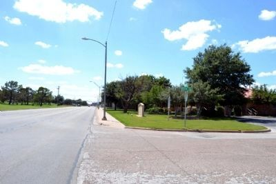 View to West Along N. 1st Street image. Click for full size.