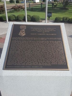 Bartlett Veterans Memorial Marker image. Click for full size.