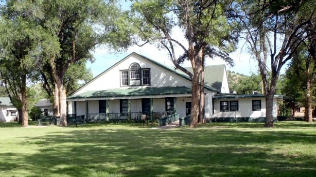 Officer's Quarters Fort Stanton NM image. Click for full size.