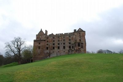 Linlithgow Palace 2 image. Click for full size.